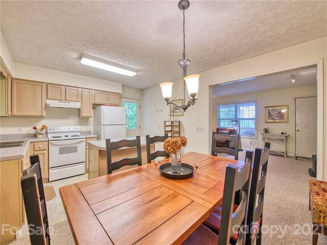 70 French Cove, Waynesville, NC 28785 (#3747409) :: Homes with Keeley   RE/MAX Executive