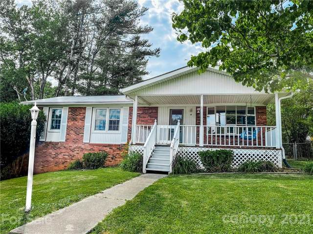 14 Oak Leaf Lane, Arden, NC 28704 (#3748136) :: Modern Mountain Real Estate