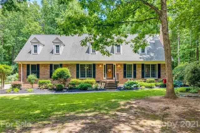 7138 Cobblecreek Drive, Matthews, NC 28104 (#3752188) :: Cloninger Properties