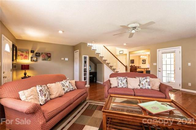 4155 Forest Point Drive, Hickory, NC 28602 (#3754306) :: Carmen Miller Group