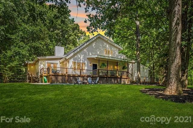 11037 Chestnut Hill Drive, Matthews, NC 28105 (#3754695) :: Cloninger Properties