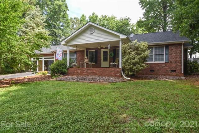 6686 Cove Lane, Sherrills Ford, NC 28673 (#3757152) :: LePage Johnson Realty Group, LLC