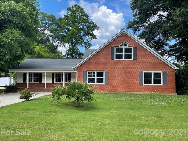 9600 Pembroke Road, Huntersville, NC 28078 (#3757166) :: Puma & Associates Realty Inc.