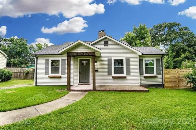 2437 Remount Road, Charlotte, NC 28208 (#3757876) :: Carver Pressley, REALTORS®
