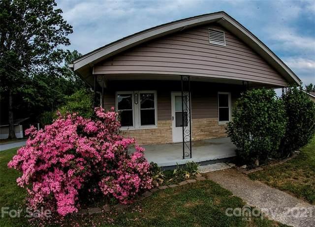 422 Jack Street, Hendersonville, NC 28792 (#3759050) :: Home Finder Asheville