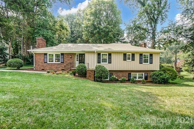 427 Wingrave Drive, Charlotte, NC 28270 (#3760425) :: Stephen Cooley Real Estate Group