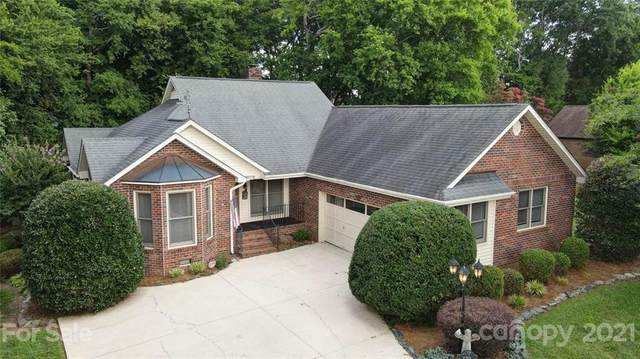1201 12th Fairway Drive NW, Concord, NC 28027 (#3762027) :: Cloninger Properties