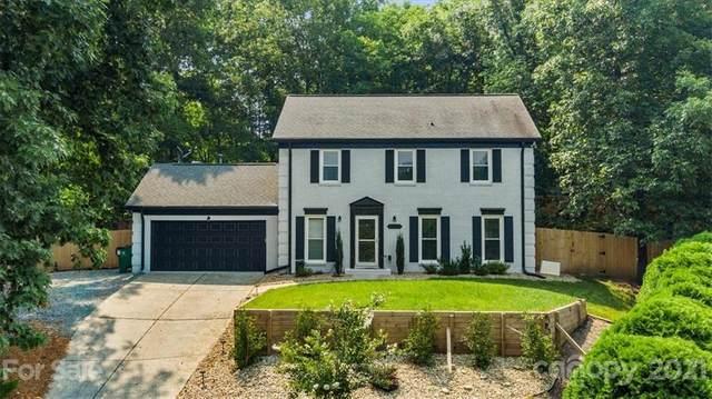 6201 Oak Glen Lane, Charlotte, NC 28277 (#3762644) :: Home and Key Realty