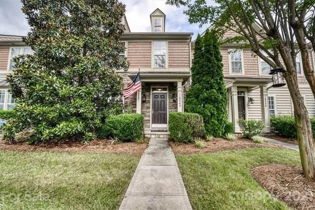 18542 W Catawba Avenue, Cornelius, NC 28031 (#3763934) :: Willow Oak, REALTORS®