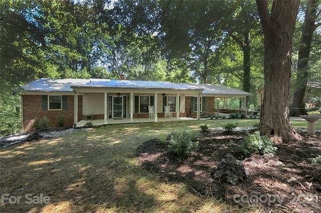 340 N Oakwood Drive, Statesville, NC 28677 (#3765022) :: Besecker Homes Team