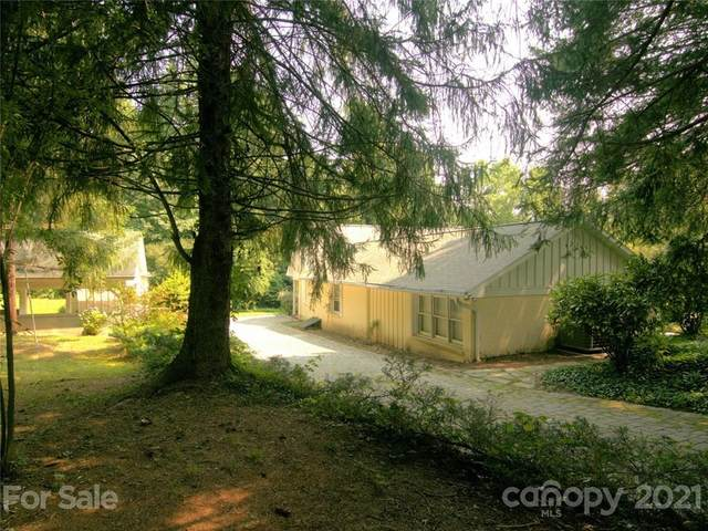 224 Woodfield Inn Drive, Flat Rock, NC 28731 (#3765050) :: DK Professionals