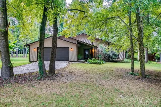 7341 Elwood Drive, Charlotte, NC 28227 (#3768435) :: Homes Charlotte