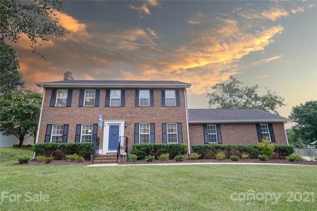 1824 Balfour Lane, Charlotte, NC 28216 (#3768555) :: Home and Key Realty