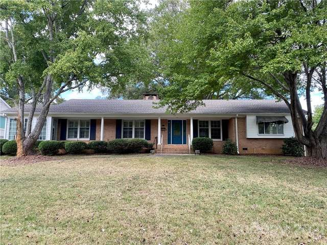 3413 Mountainbrook Road, Charlotte, NC 28210 (#3769399) :: Carlyle Properties