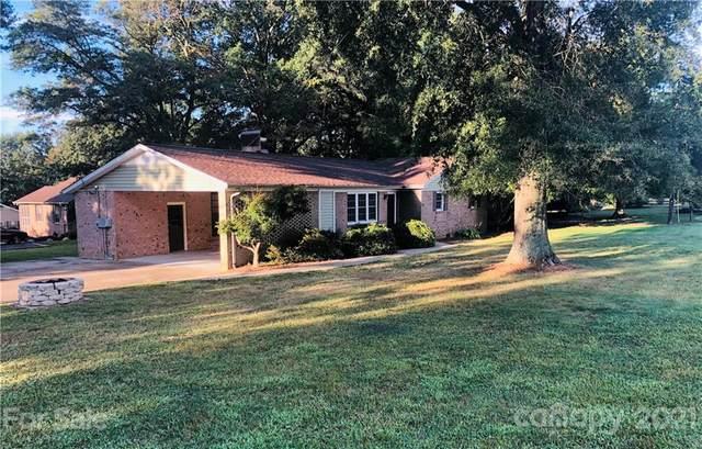 102 Woodbark Lane, Kings Mountain, NC 28086 (#3772690) :: Carmen Miller Group
