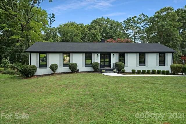 6937 Folger Drive, Charlotte, NC 28270 (#3778843) :: Carver Pressley, REALTORS®