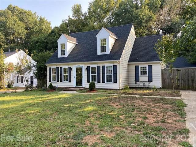 7720 Cedar Tree Lane, Charlotte, NC 28227 (#3779490) :: Robert Greene Real Estate, Inc.