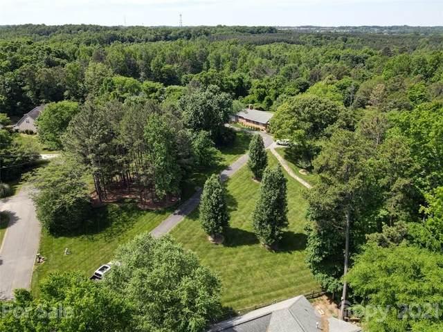2338 Lakeview Circle, Matthews, NC 28105 (#3779750) :: Exit Realty Elite Properties
