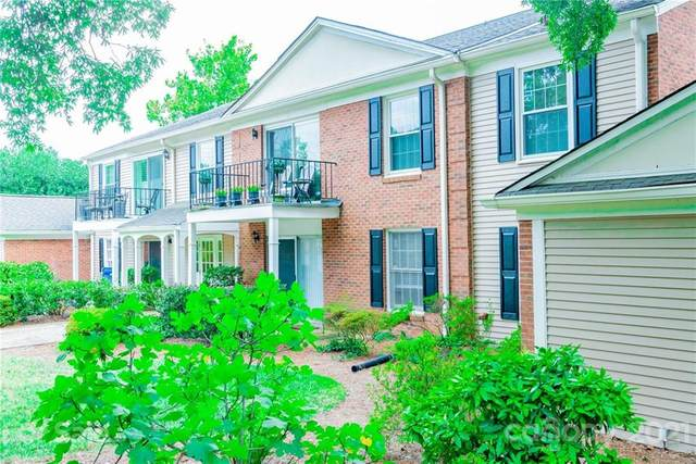 7015 Quail Hill Road, Charlotte, NC 28210 (#3780572) :: Carver Pressley, REALTORS®