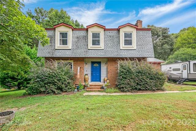 212 Brookside Drive, Fort Mill, SC 29715 (#3780628) :: The Petree Team