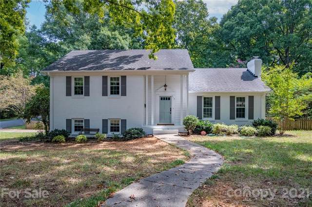910 Longbow Road, Charlotte, NC 28211 (#3782586) :: Caulder Realty and Land Co.