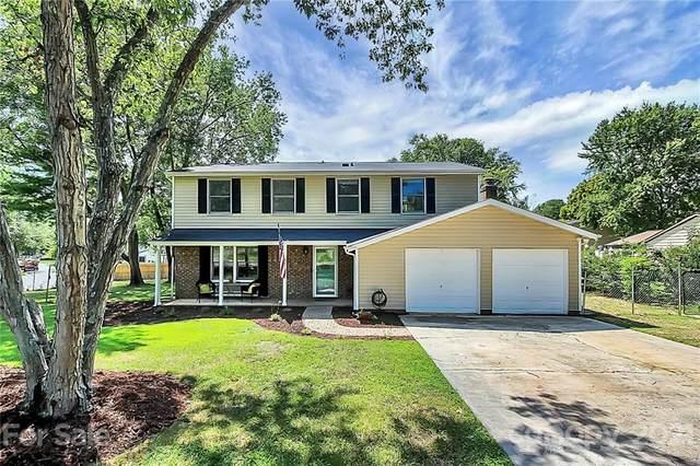 7201 Shadowlake Drive, Charlotte, NC 28226 (#3783204) :: Carver Pressley, REALTORS®