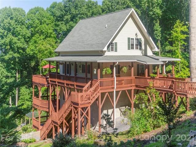 575 Twin Brook Drive, Waynesville, NC 28785 (#3783775) :: High Vistas Realty