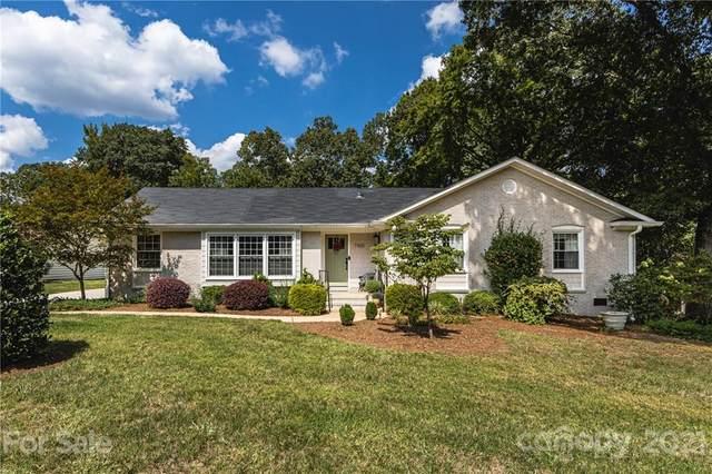 7100 Knightswood Drive, Charlotte, NC 28226 (#3785216) :: Robert Greene Real Estate, Inc.