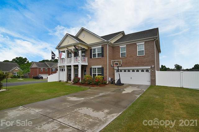 803 Oak Embers Drive, Concord, NC 28025 (#3785600) :: Love Real Estate NC/SC