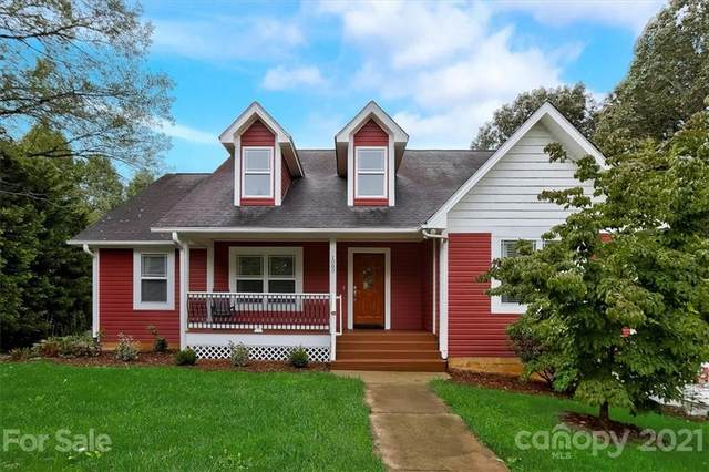 1080 Bear Creek Road, Leicester, NC 28748 (#3786625) :: Home Finder Asheville