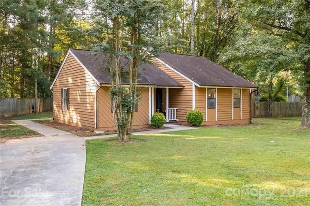 6210 Blue Jay Lane, Charlotte, NC 28227 (#3786804) :: Besecker Homes Team