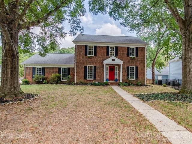 9208 Deer Spring Lane, Charlotte, NC 28210 (#3787294) :: Briggs American Homes