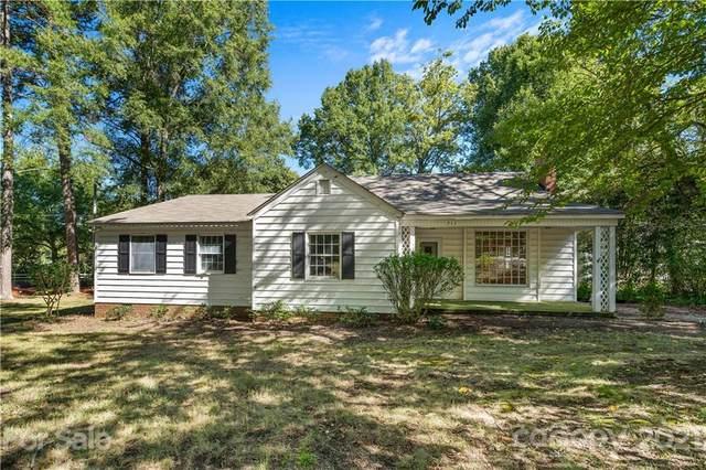 711 Concord Road, Davidson, NC 28036 (#3788862) :: Scarlett Property Group