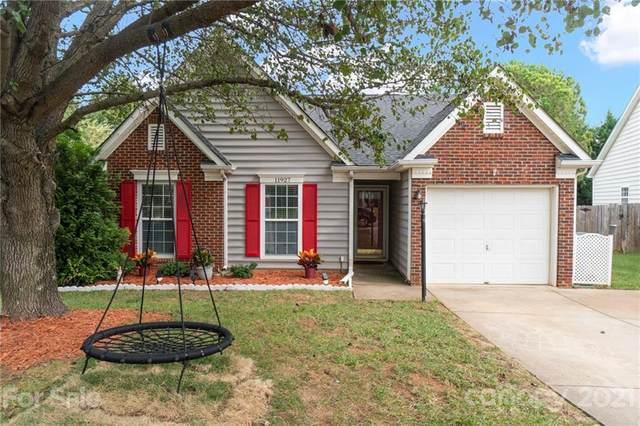 11927 Brownestone View Drive, Charlotte, NC 28269 (#3789026) :: Briggs American Homes
