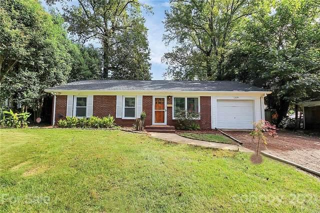 1329 Lakedell Drive, Charlotte, NC 28215 (#3793728) :: Homes Charlotte
