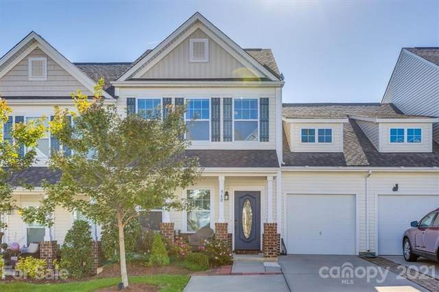 960 Summerlake Drive, Fort Mill, SC 29715 (#3796705) :: Premier Realty NC