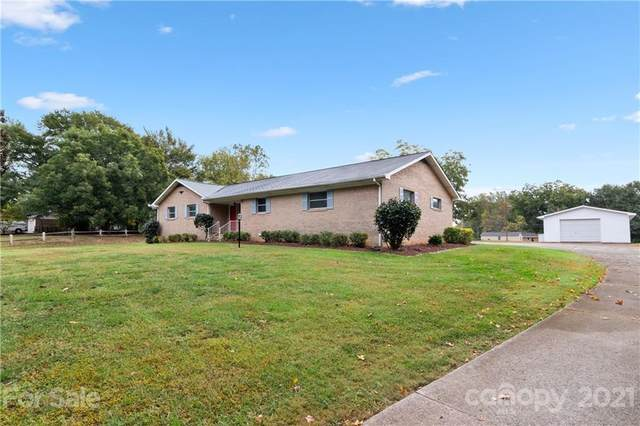 431 Gold Hill Road 58 & 59, Fort Mill, SC 29715 (#3797011) :: BluAxis Realty