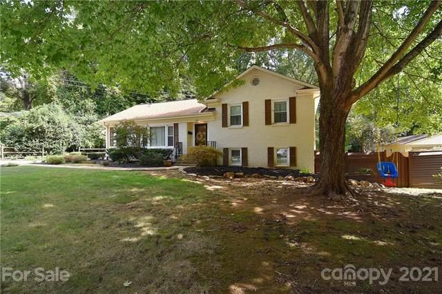 5601 Farmbrook Drive, Charlotte, NC 28210 (#3797019) :: Briggs American Homes
