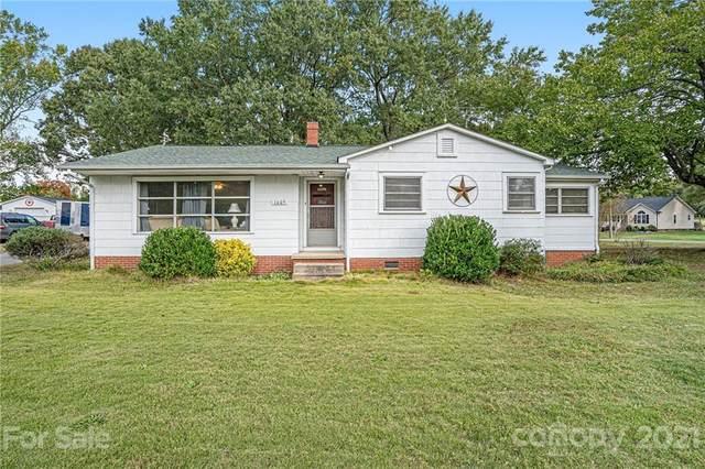 1605 Moose Road, Kannapolis, NC 28083 (#3797224) :: Love Real Estate NC/SC