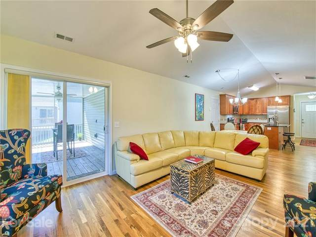 152 February Lane, Waynesville, NC 28785 (#3798379) :: Stephen Cooley Real Estate