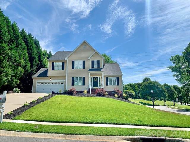 4819 Bridle Ridge Lane, Charlotte, NC 28269 (#3799123) :: Love Real Estate NC/SC