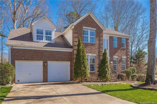 19511 Dufour Court, Cornelius, NC 28031 (#3588224) :: Carolina Real Estate Experts