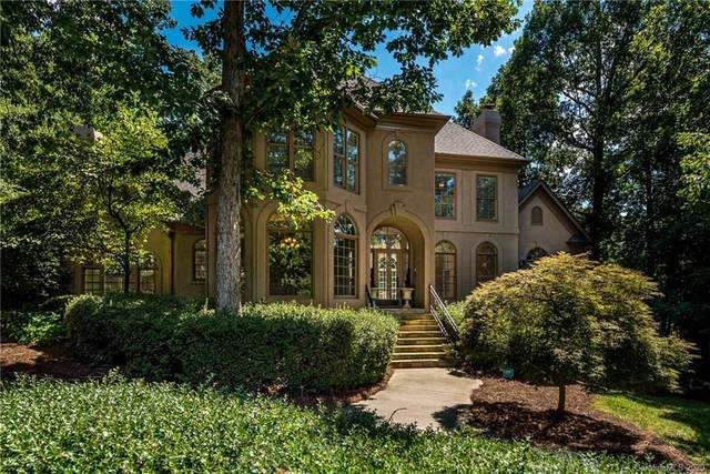 4725 Old Course Drive, Charlotte, NC 28277 (#3601143) :: Charlotte Home Experts