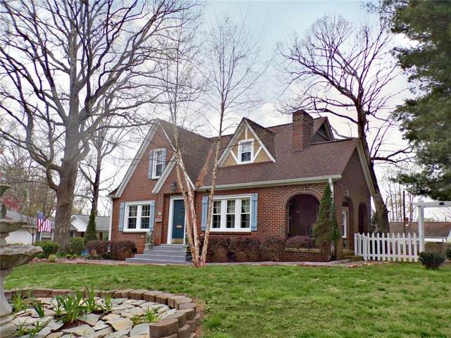 346 3rd Avenue Drive SE, Hickory, NC 28602 (#3607593) :: Besecker Homes Team