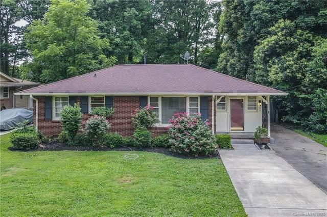 306 Saint Anne Place, Charlotte, NC 28213 (#3626335) :: Homes Charlotte