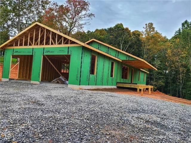 210 Blackberry Cove Drive #5, Mars Hill, NC 28754 (#3628110) :: Carver Pressley, REALTORS®