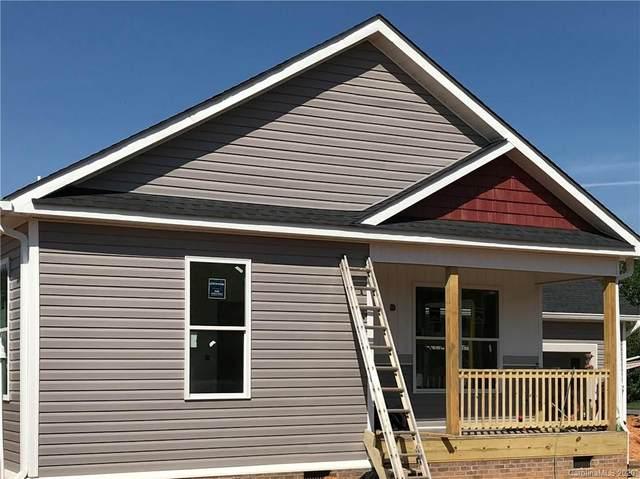 469 Riverwind Drive, Hendersonville, NC 28739 (#3636631) :: Rinehart Realty
