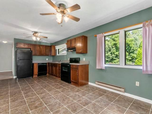 176 Killian Street, Waynesville, NC 28786 (#3651958) :: BluAxis Realty