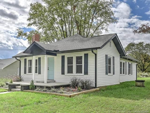1251 N Allen Road, Hendersonville, NC 28792 (#3671269) :: High Performance Real Estate Advisors