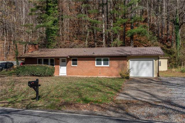 983 Camp Branch Road, Waynesville, NC 28786 (#3682555) :: BluAxis Realty